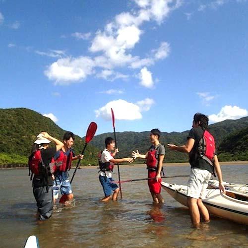 リゾバ仲間とカヌーを楽しむTさん